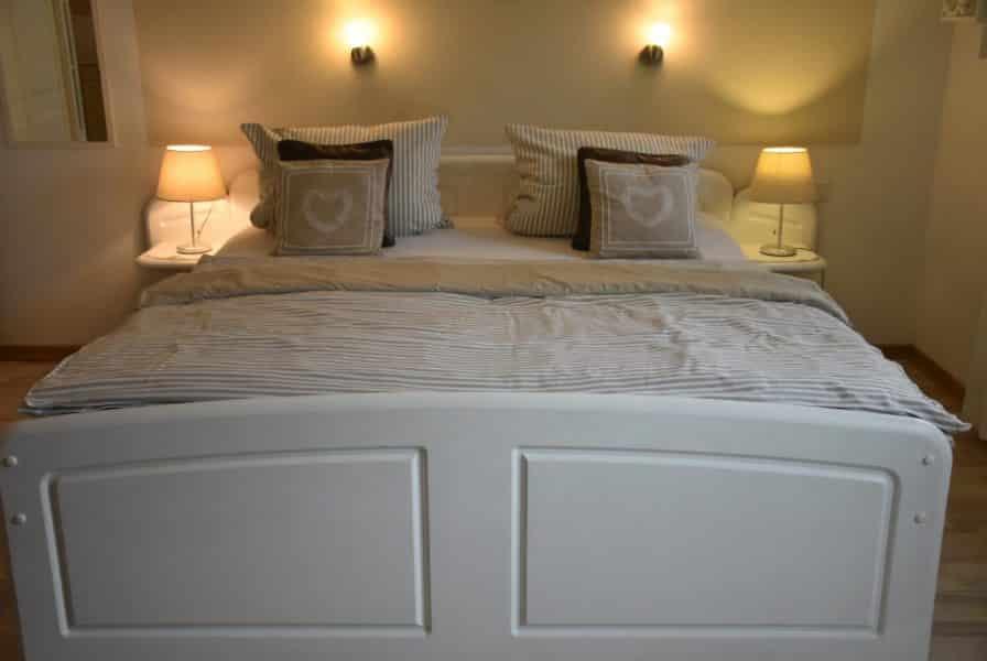 Nur das Bett